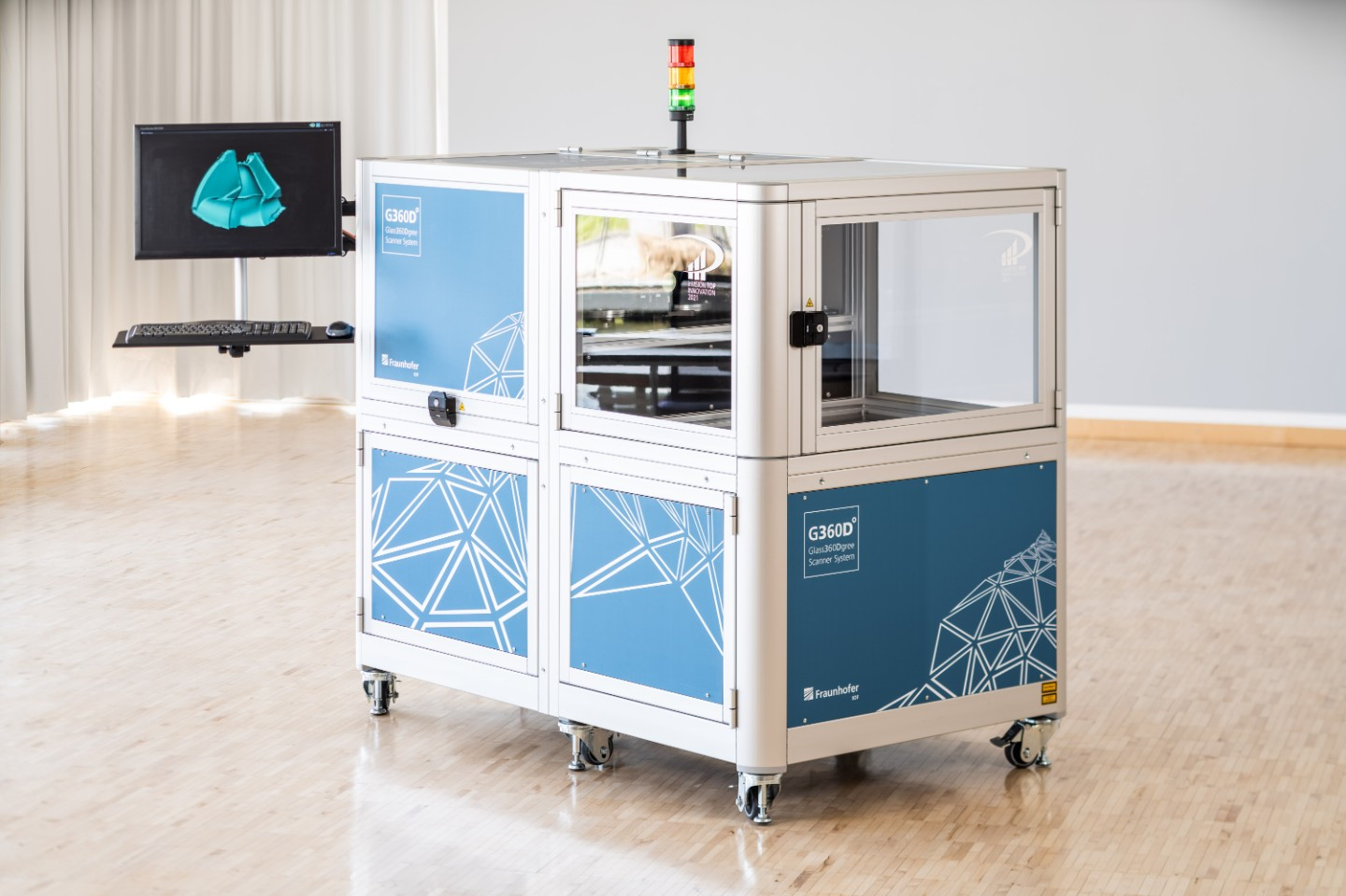 """Glass360Dgree"": First MWIR 3D system for checking Glasele in optics manufacturing"